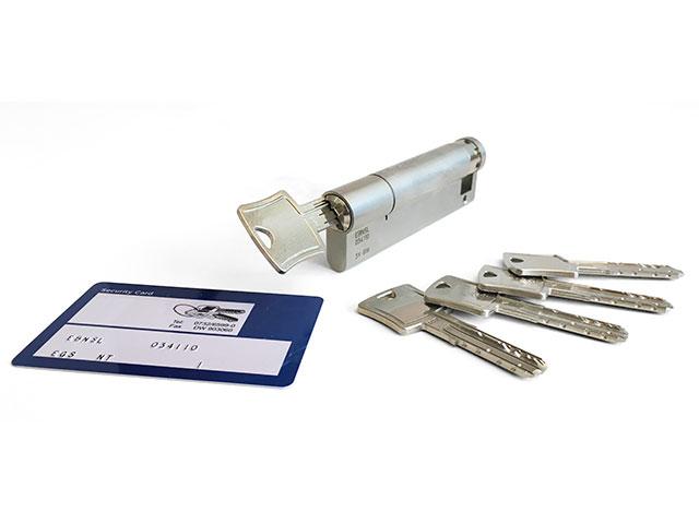 Halbzylinder inkl. Schlüsselkarte mit 5 Schlüssel